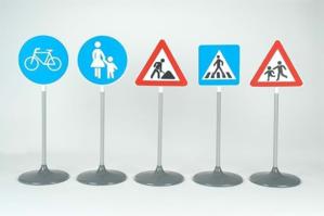Picture of Set ce contine 5 semne diferite de circulatie